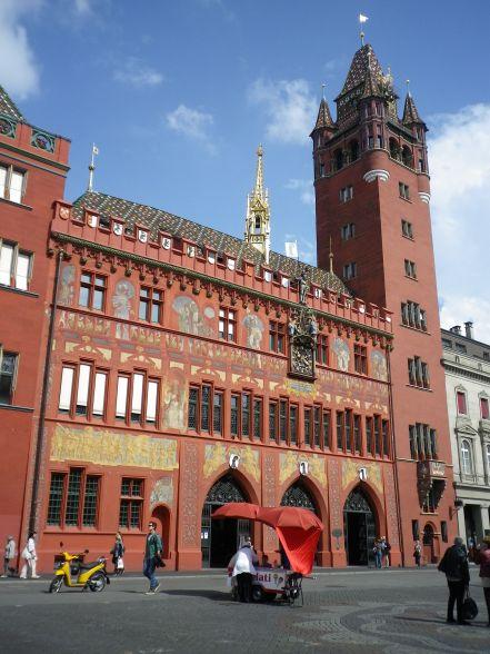 Le Rathaus, vu de la Marktplatz